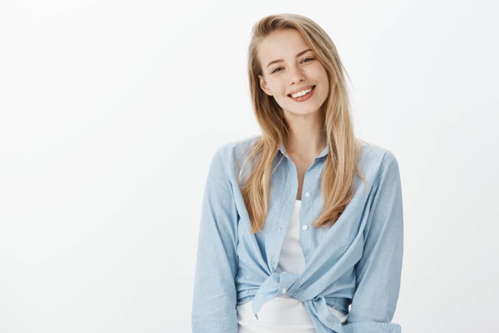Devojka sa prelepim osmehm koja je izlečila sve zube
